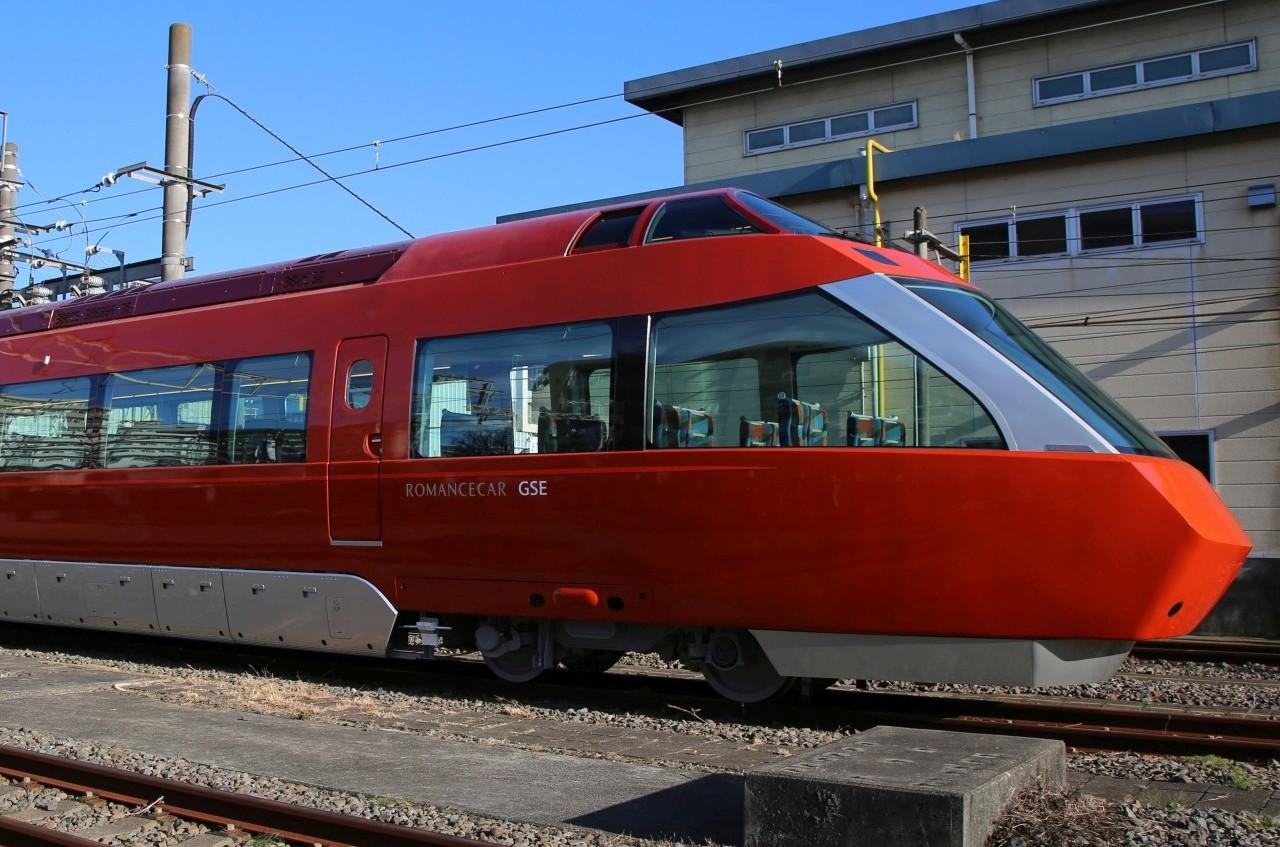 小田急ロマンスカー・新型70000型(側面)